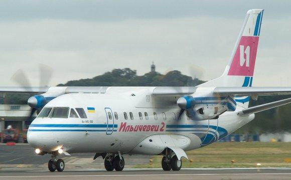 Фото самолета Ан-140