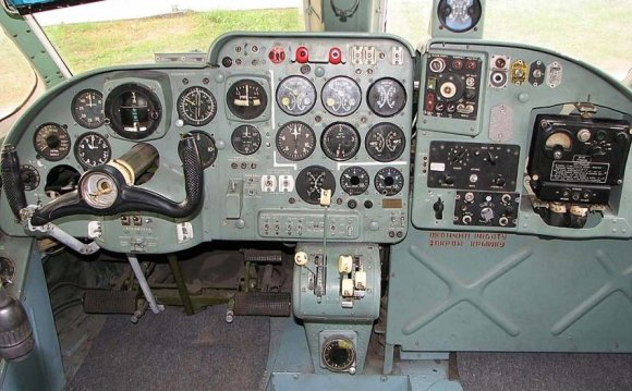 Кабина пилота Ан-14А (c) Pepa